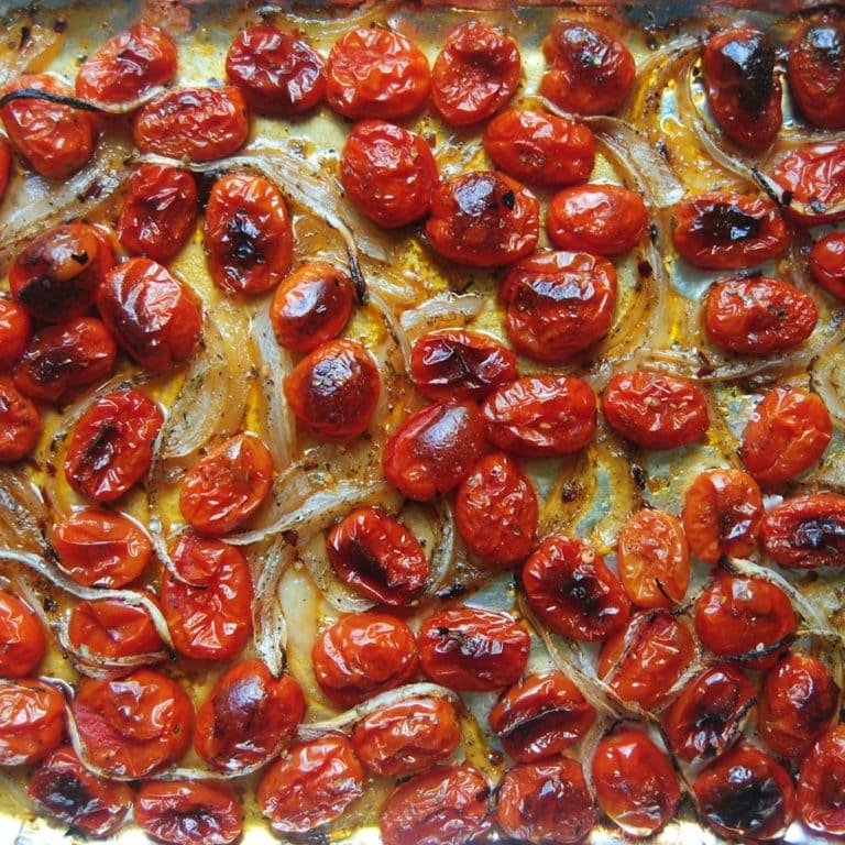 Healthy Pizza Sauce - Oven-Roasted Tomatoes Closeup