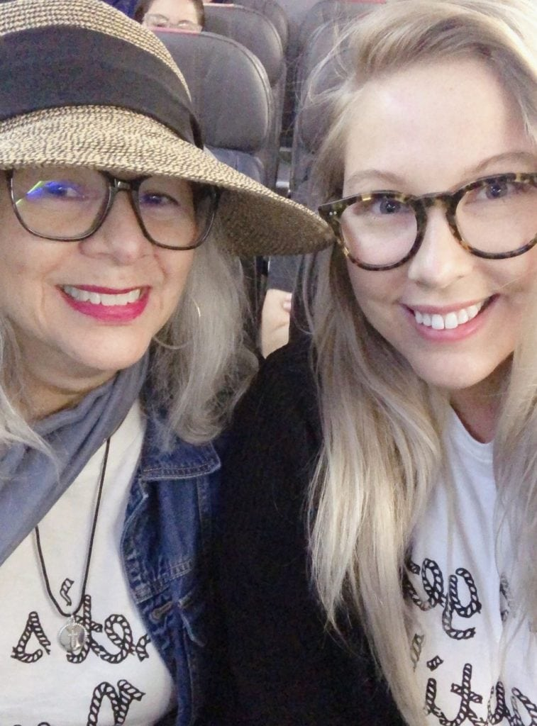 How To Accessorize With Glasses - Classic Round Tortoise Shell Glasses Frames