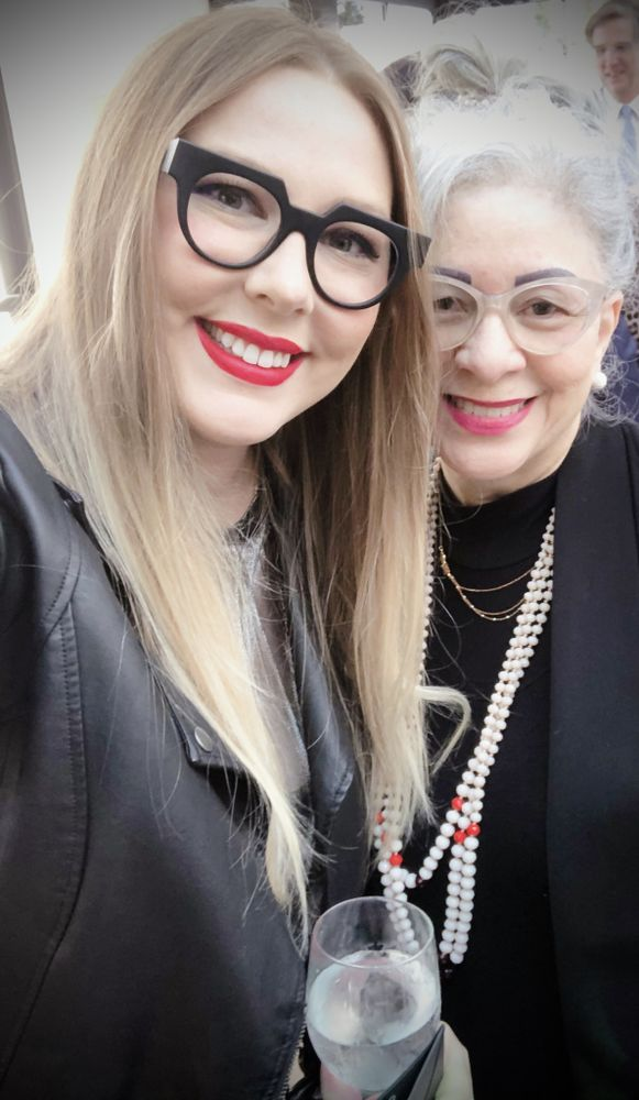 How To Accessorize With Glasses - Bold Matte Black Glasses Frames