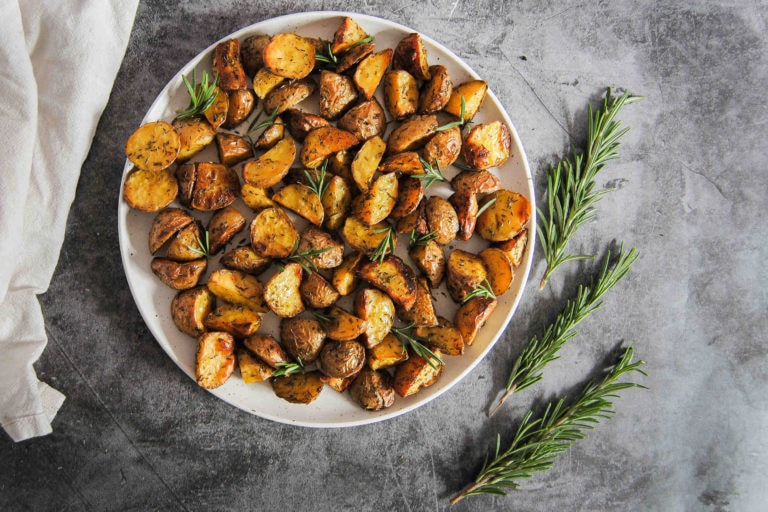 Simple 4 Ingredient Roasted Potatoes - Featured Image