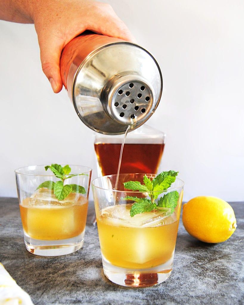 Fresh and Minty Bourbon Smash - Pour Shot