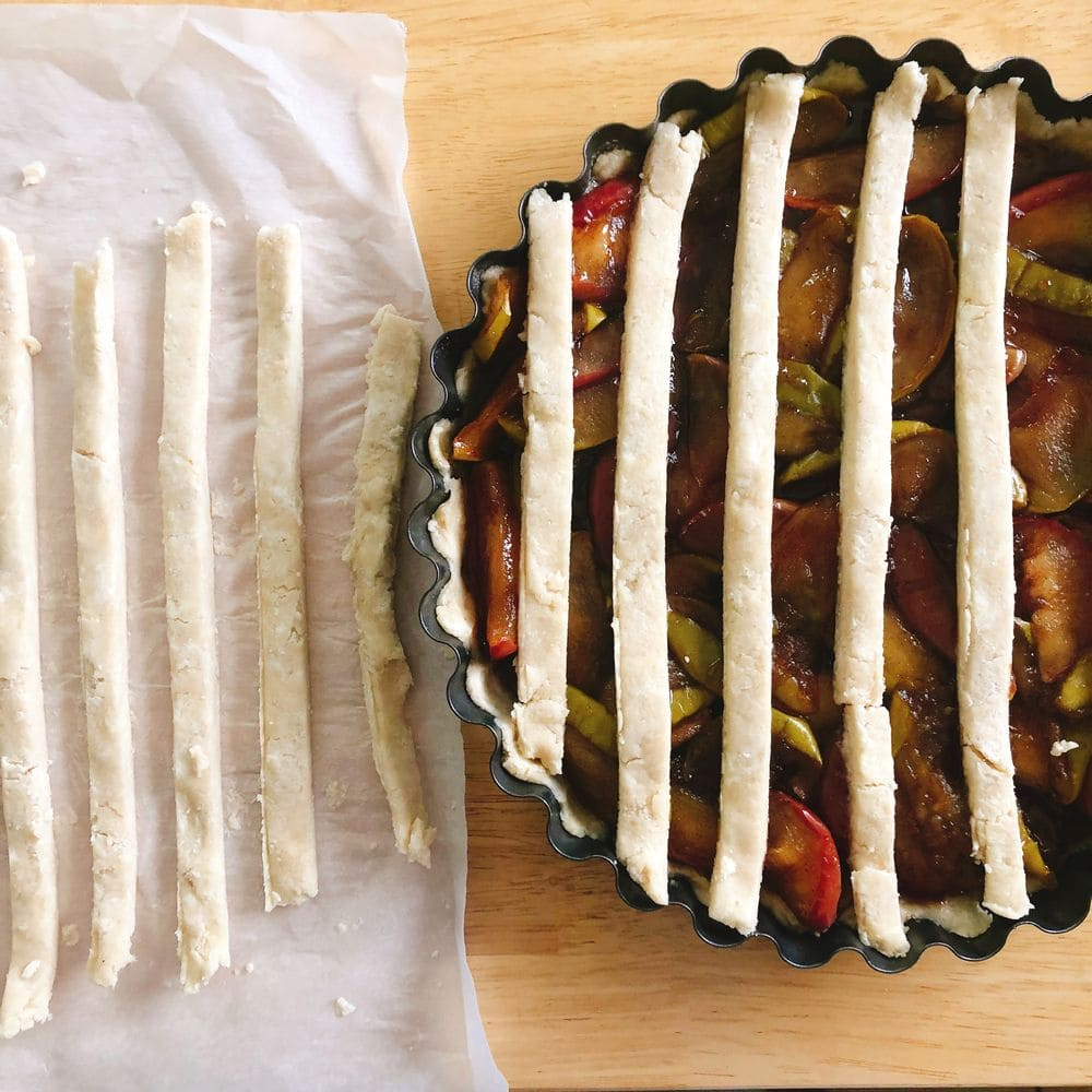 Bourbon Apple Pie - Crust Placement