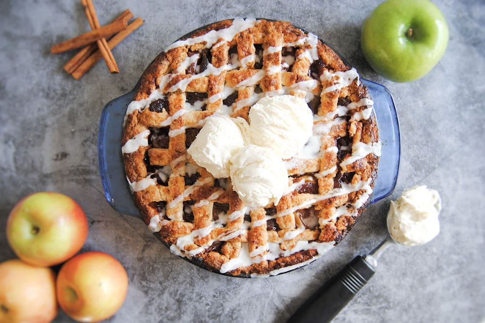 13 Exciting Recipes To Try Thanksgiving 2020 - Drunken Apple Pie With Bourbon Drizzle
