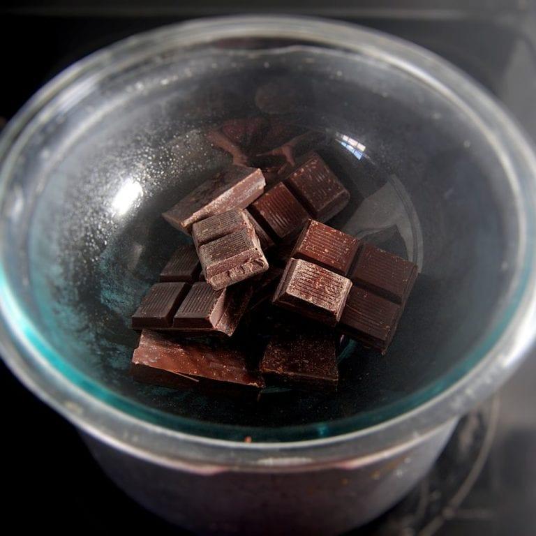 Vegan Dark Chocolate Oreo Pie - Chocolate