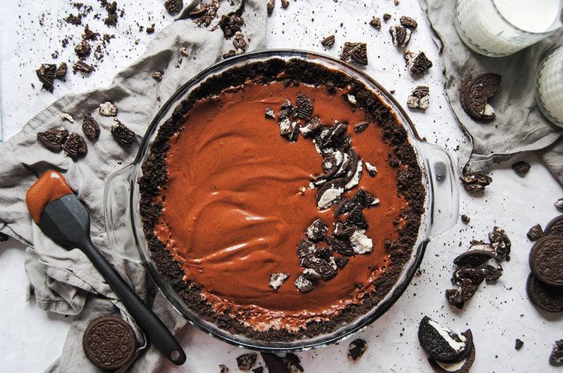 Rich Vegan Dark Chocolate Pie