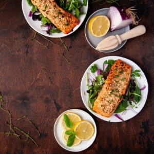 Cooked salmon and lemon slices
