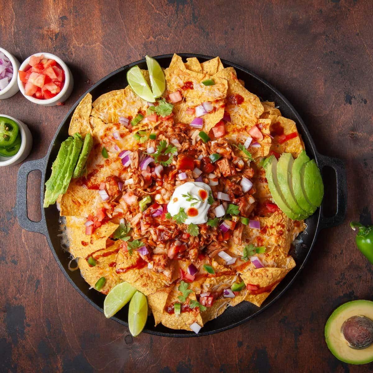 loaded bbq jackfruit nachos