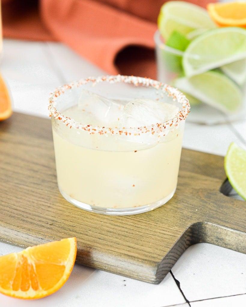 Best Margarita Recipes - 3 ingredient skinny margarita