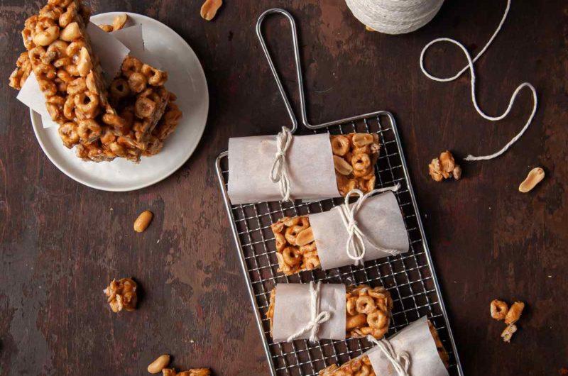 Crunchy Peanut Butter Cheerio Bars