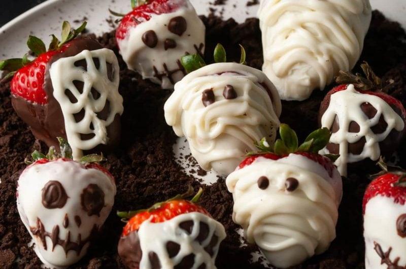 Halloween Chocolate Covered Strawberries