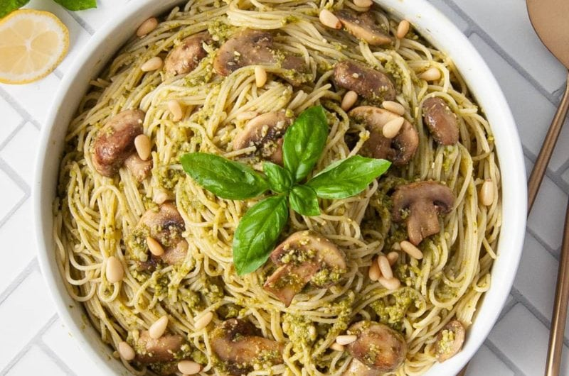 4-Ingredient Mushroom Pesto Pasta